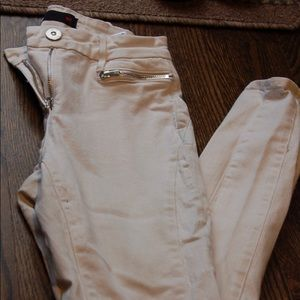 3x1 NYC white jeans size 26 with side zippers
